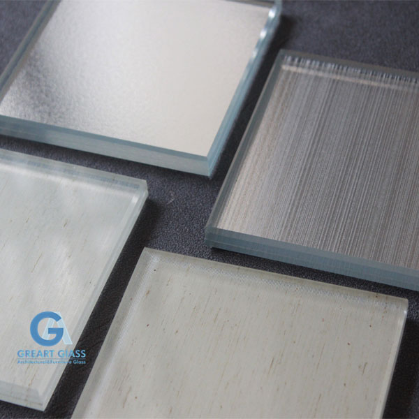laminated-mirrors-for-wall-cladding