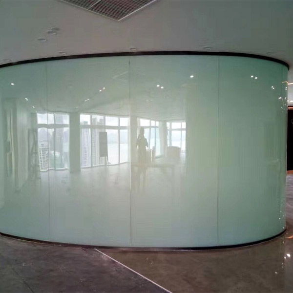 curved-magic-glass